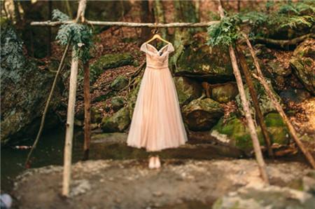 梦幻森林里的乡村婚礼